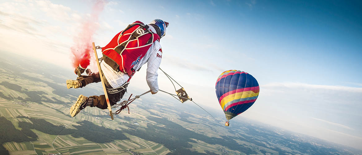 Red Bull Skydive >> Ever Dreamed Of Jumping Out Of Planes For A Living The Red Bull