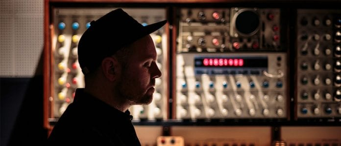 hip hop music dj shadow