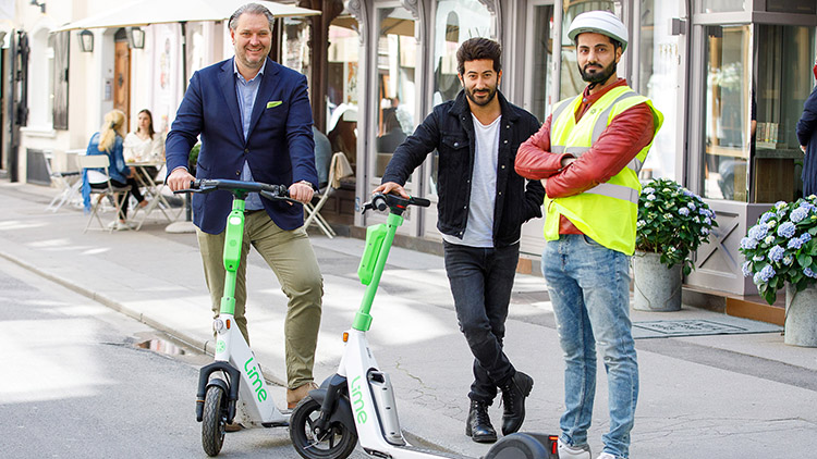 """Vienna Appoints Its First """"Scooter Sheriffs"""""""