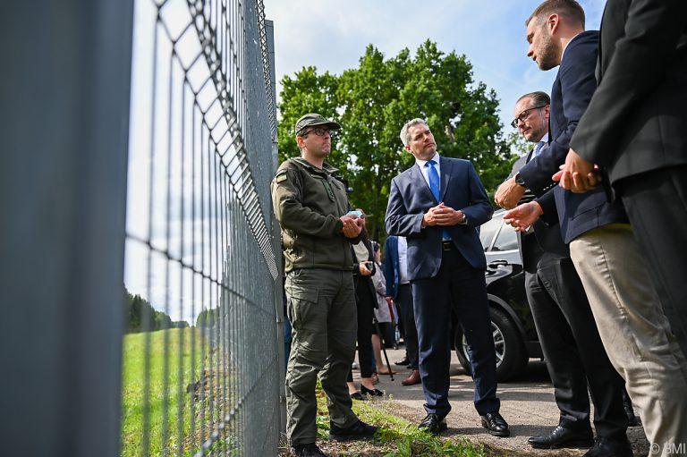 Austria and Serbia To Act Together Against Illegal Migration