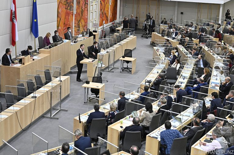 Opposition Heavily Criticizes Budget Draft