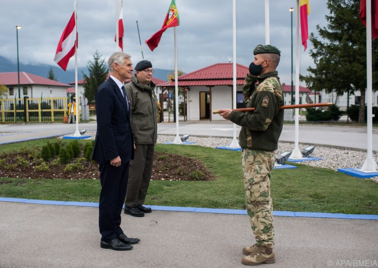 Foreign Minister Linhart Underlined Importance of EUFOR Mission in Sarajevo